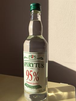 FINSPRIT: den RENESTE ALCOHOL, 50cl95pct, til at lave sine egne drinks.